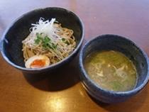鶏白湯スープつけ麺01